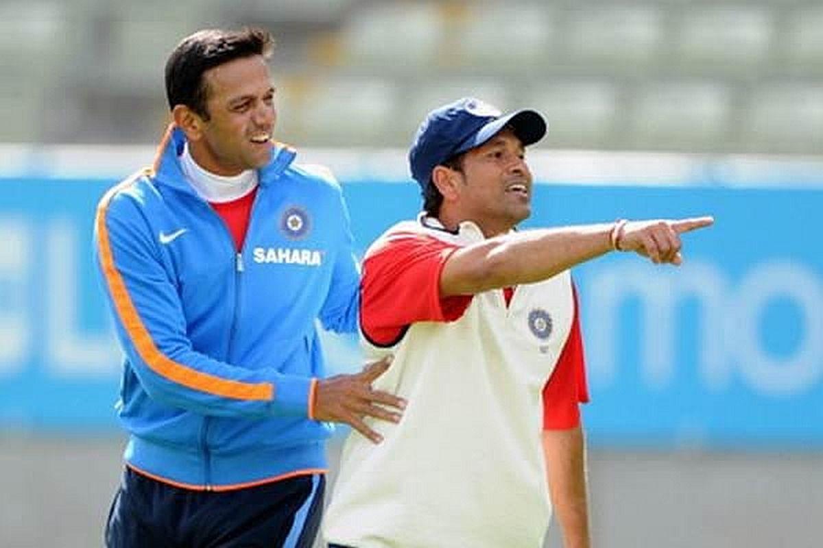 Sachin Tendulkar and Rahul Dravid (File photo) (Photo Credit: https://twitter.com/sachin_rt)