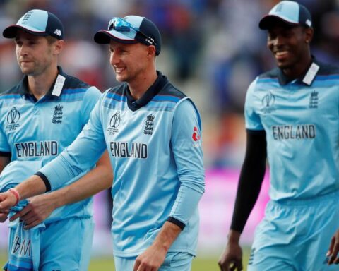 England's Joe Root celebrates with team mates Chris Woakes and Jofra Archer. Action Images via Reuters