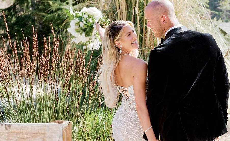 Ex WWE Star Kelly Kelly Posts Heartfelt Message After Losing Her First Baby 132