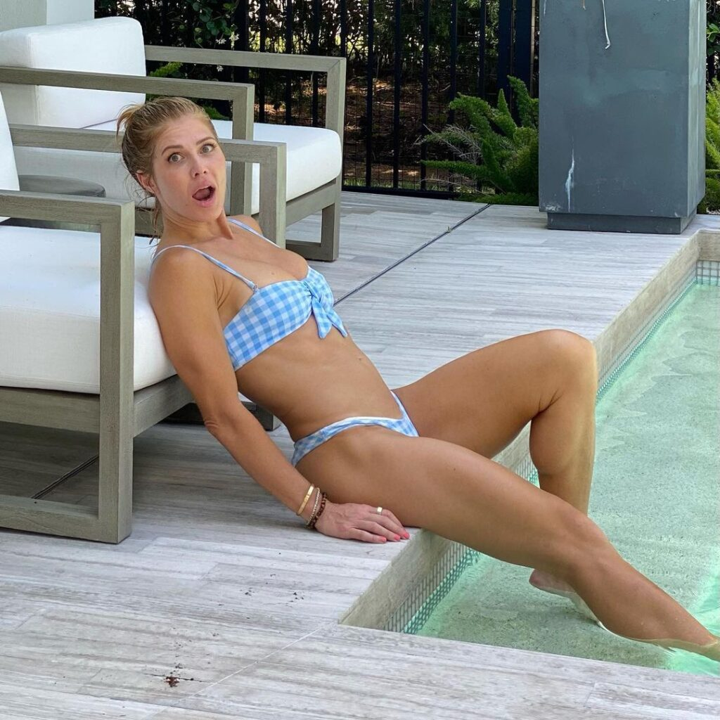 WWE Veteran Torrie Wilson Shines In New Insta Bikini Photos 3
