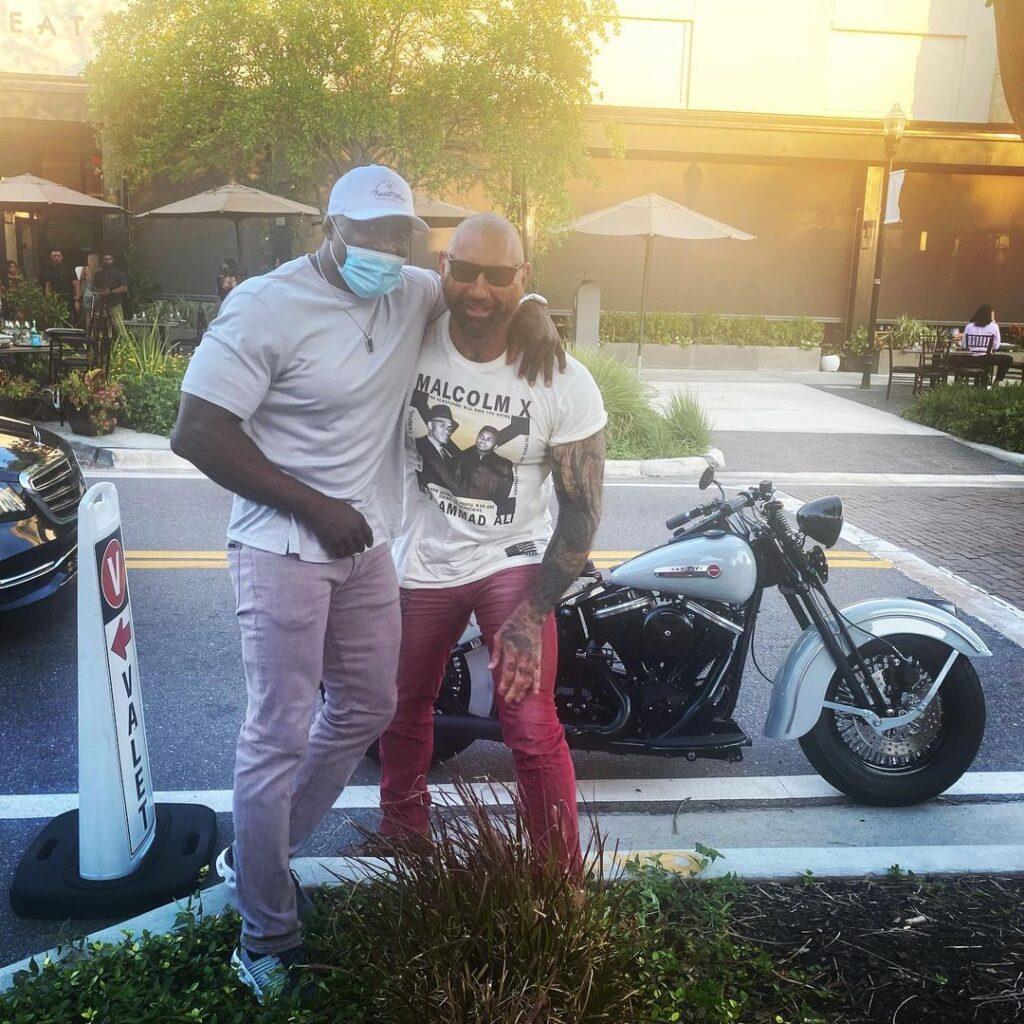 Batista Offered A WWE Championship Match By Bobby Lashley 40
