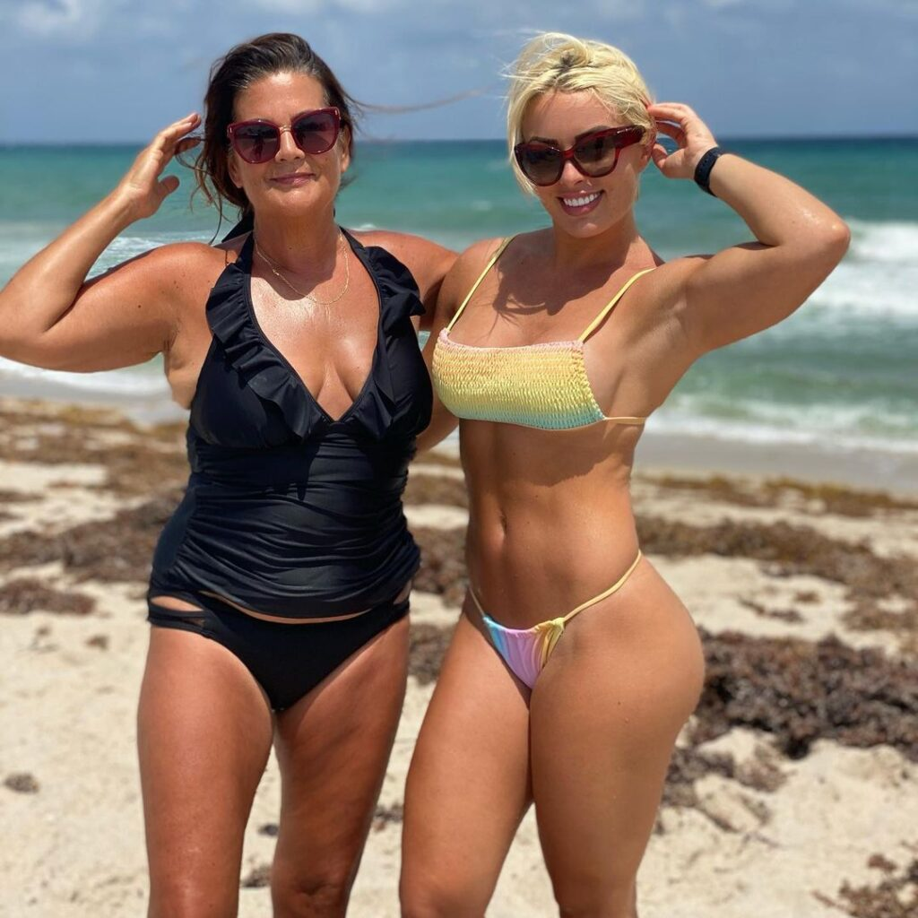 WWE Star Mandy Rose Celebrates Mother's Day With Gorgeous Photos 3