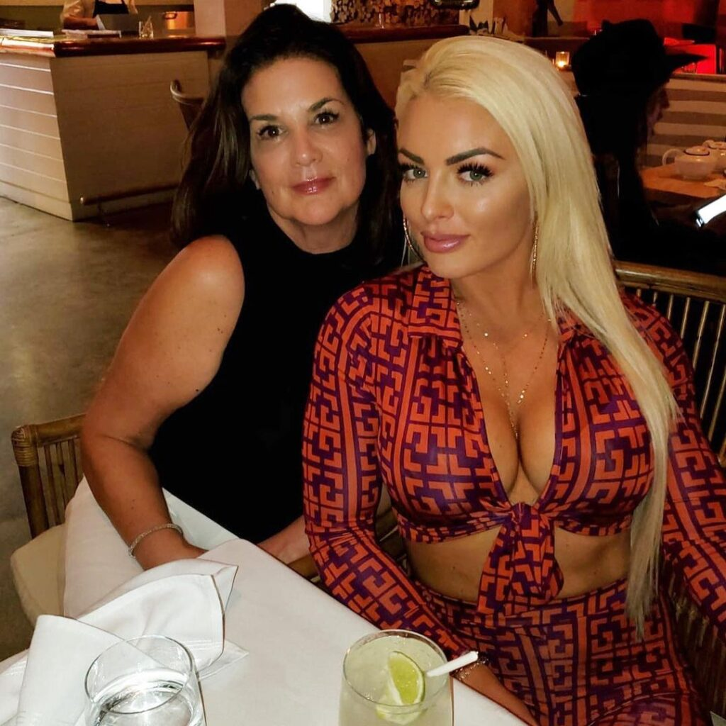WWE Star Mandy Rose Celebrates Mother's Day With Gorgeous Photos 1