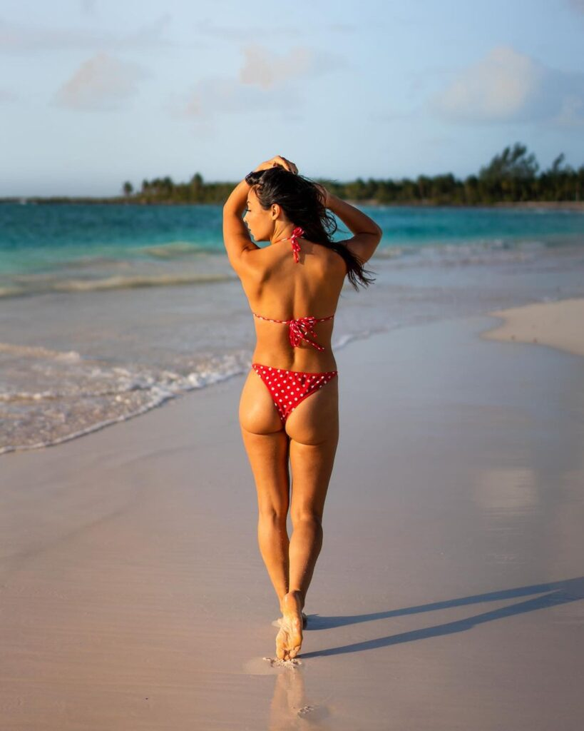 Ex WWE Star Tenille Dashwood's Vacay Pictures Are Unmissable 1