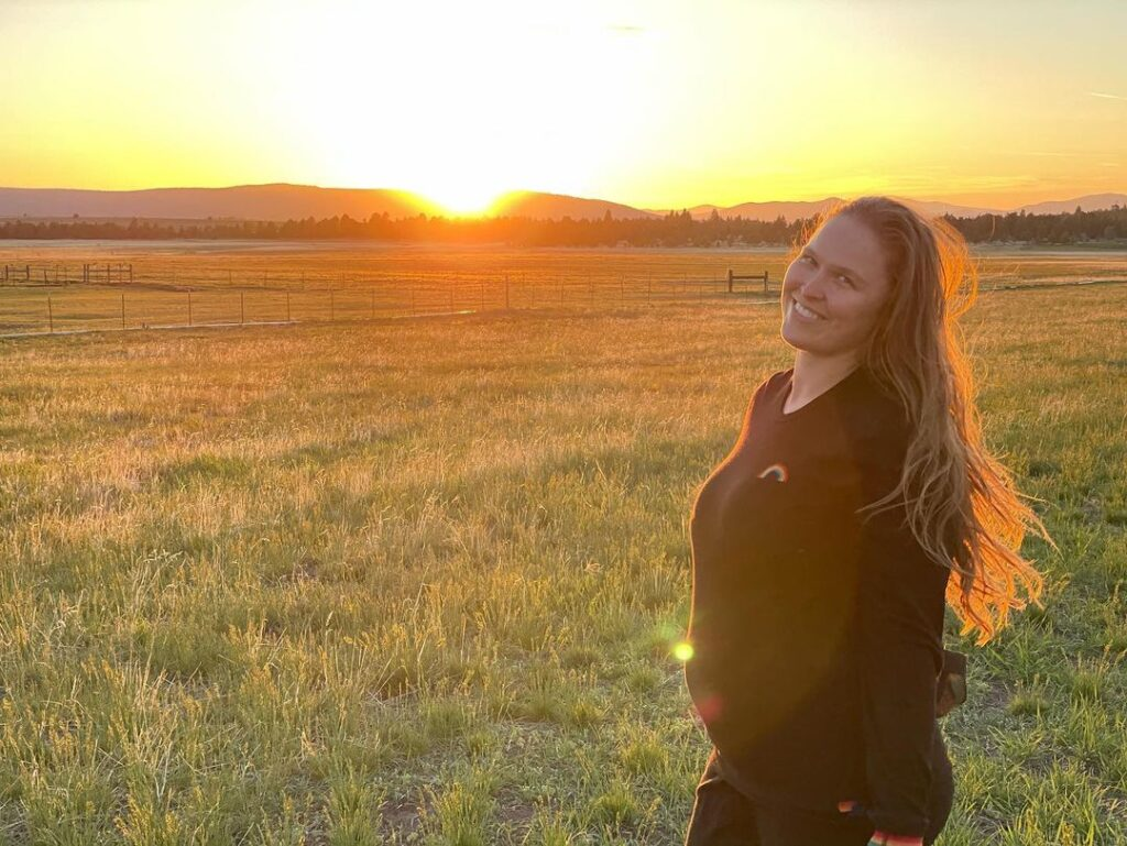 WWE Star Ronda Rousey Shares First Set of Pregnancy Photos 1
