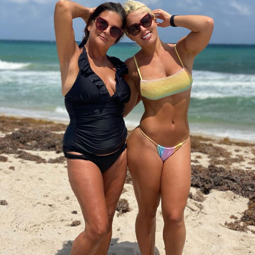 WWE Star Mandy Rose Celebrates Mother's Day With Gorgeous Photos 2
