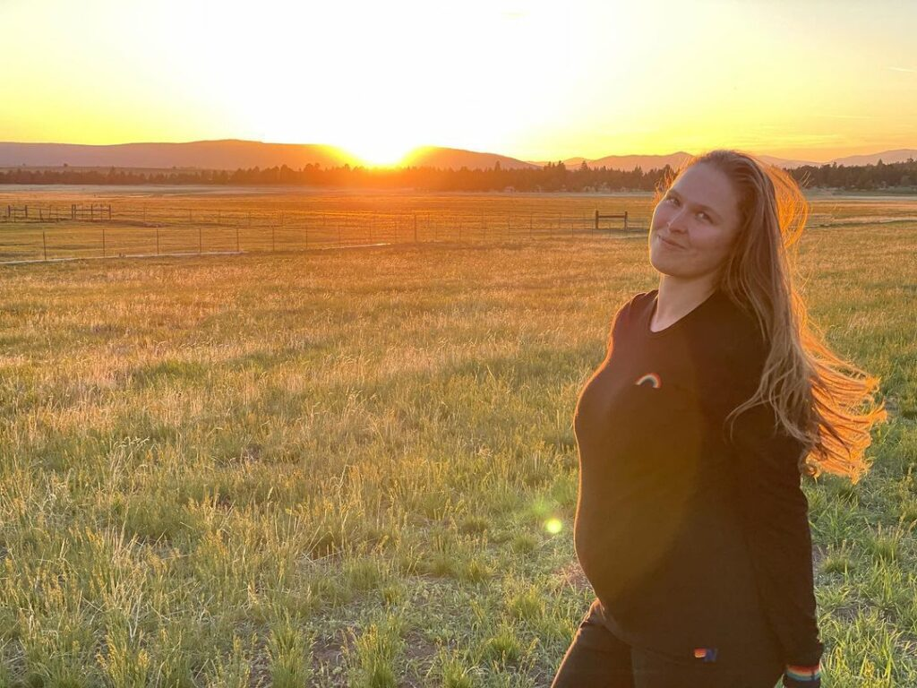 WWE Star Ronda Rousey Shares First Set of Pregnancy Photos 3