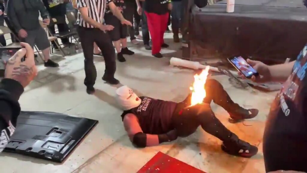 WWE/Indie News: Wrestling Star Sets His Opponent On Fire; See Videos 1