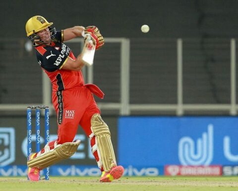 AB de Villiers played an unbeaten 75-run knock against the Delhi Capitals [P/C: iplt20.com]