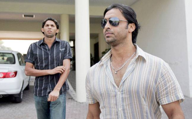 A file image of Shoaib Akhtar and Mohammad Asif. (Reuters Photo)