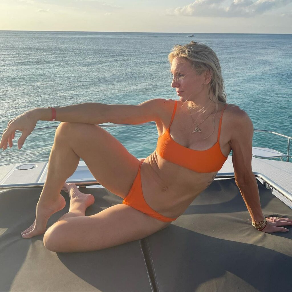 Photos: WWE Star Charlotte Flair Shares Bikini Spam From Latest Vacation 5