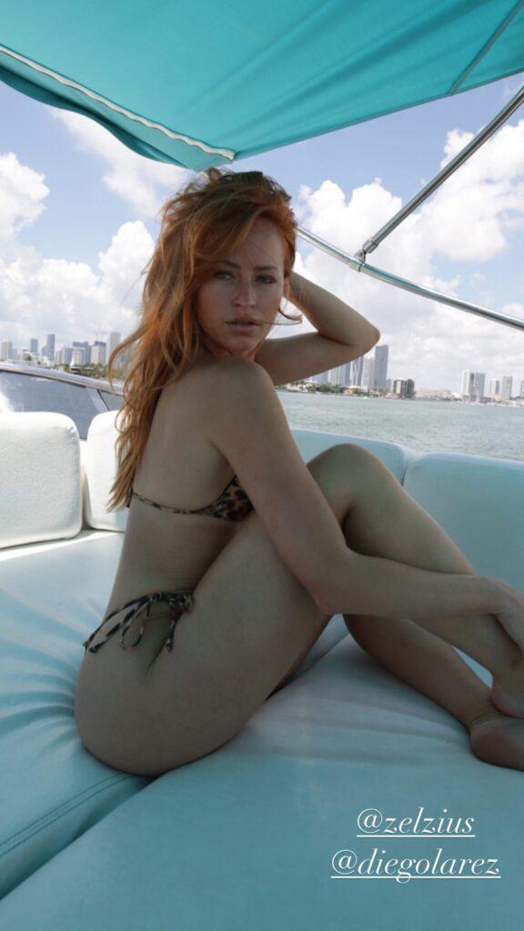 Ex WWE Star Summer Rae Shows Off Killer Abs In Latest Bikini Photo Shoot 5