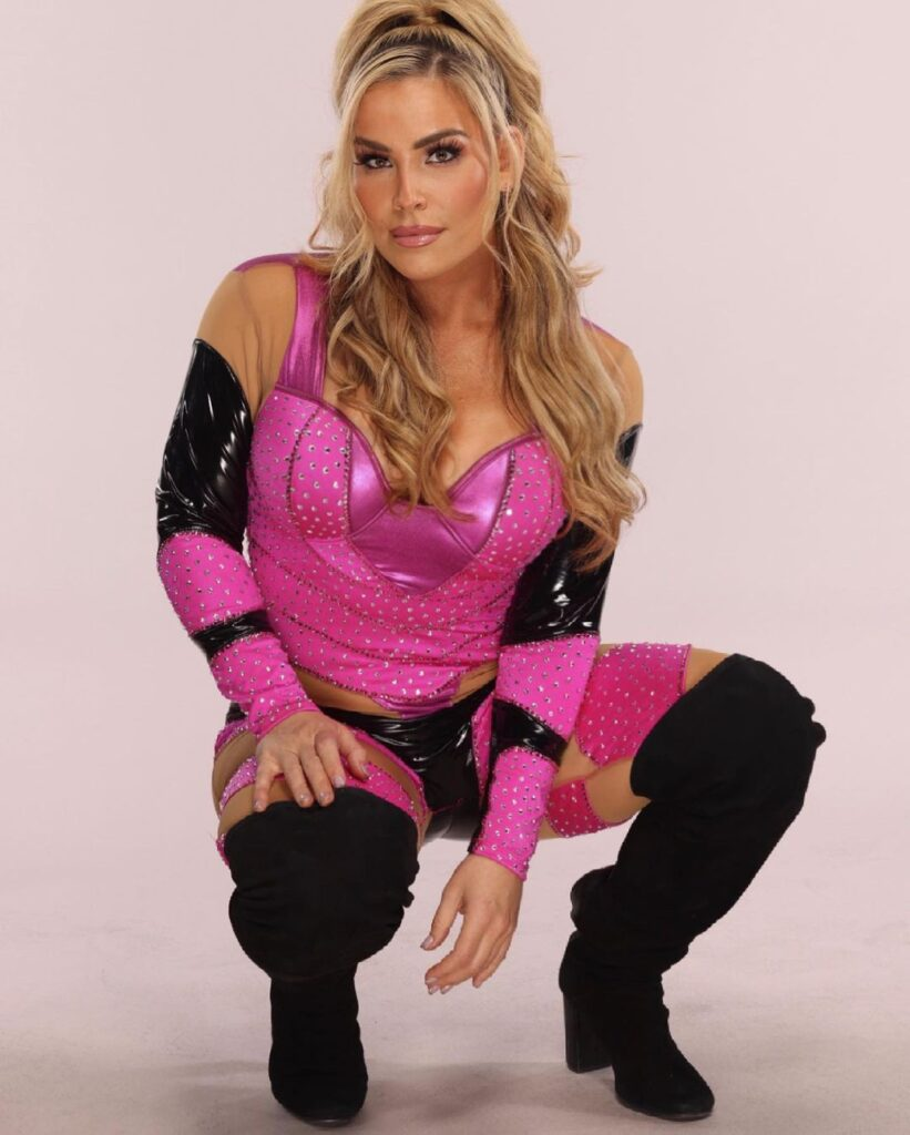 WWE Tag Champ Natalya Neidhart Posts Latest Hot Photos In Pink Attire 1