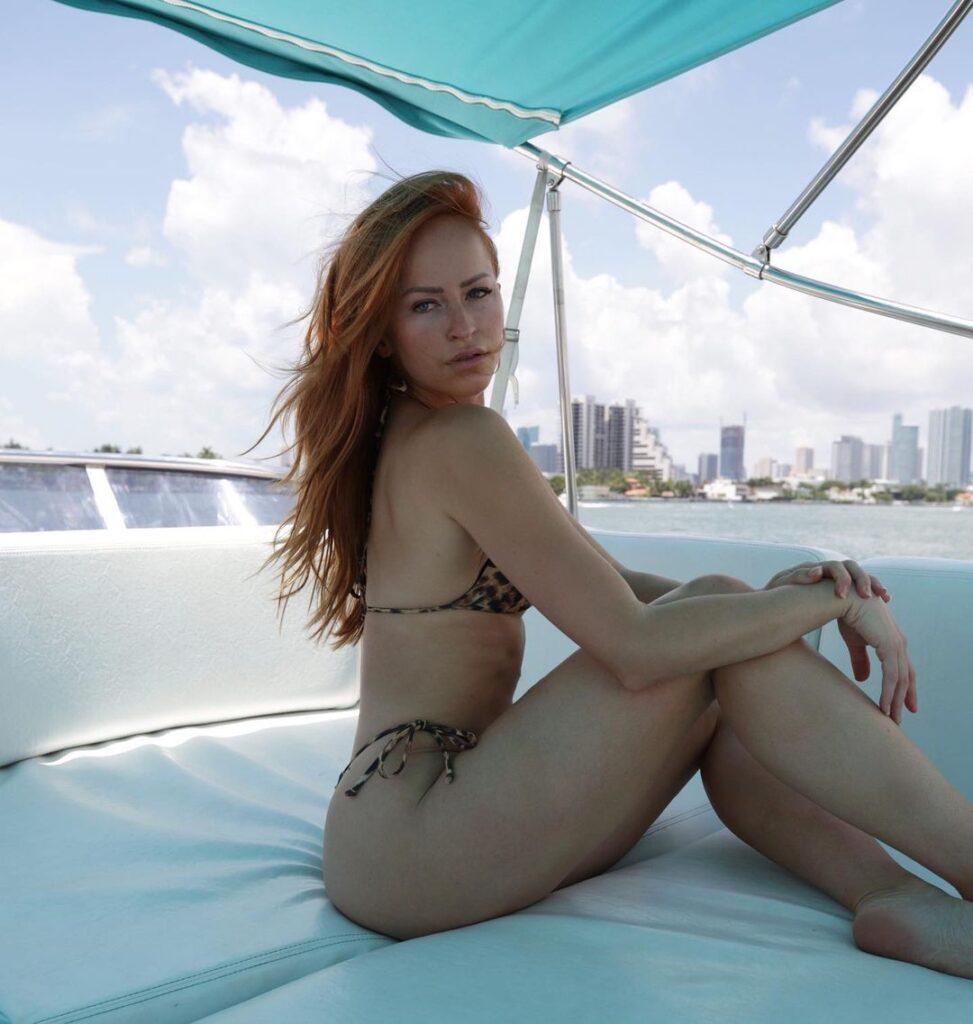 Ex WWE Star Summer Rae Shows Off Killer Abs In Latest Bikini Photo Shoot 4