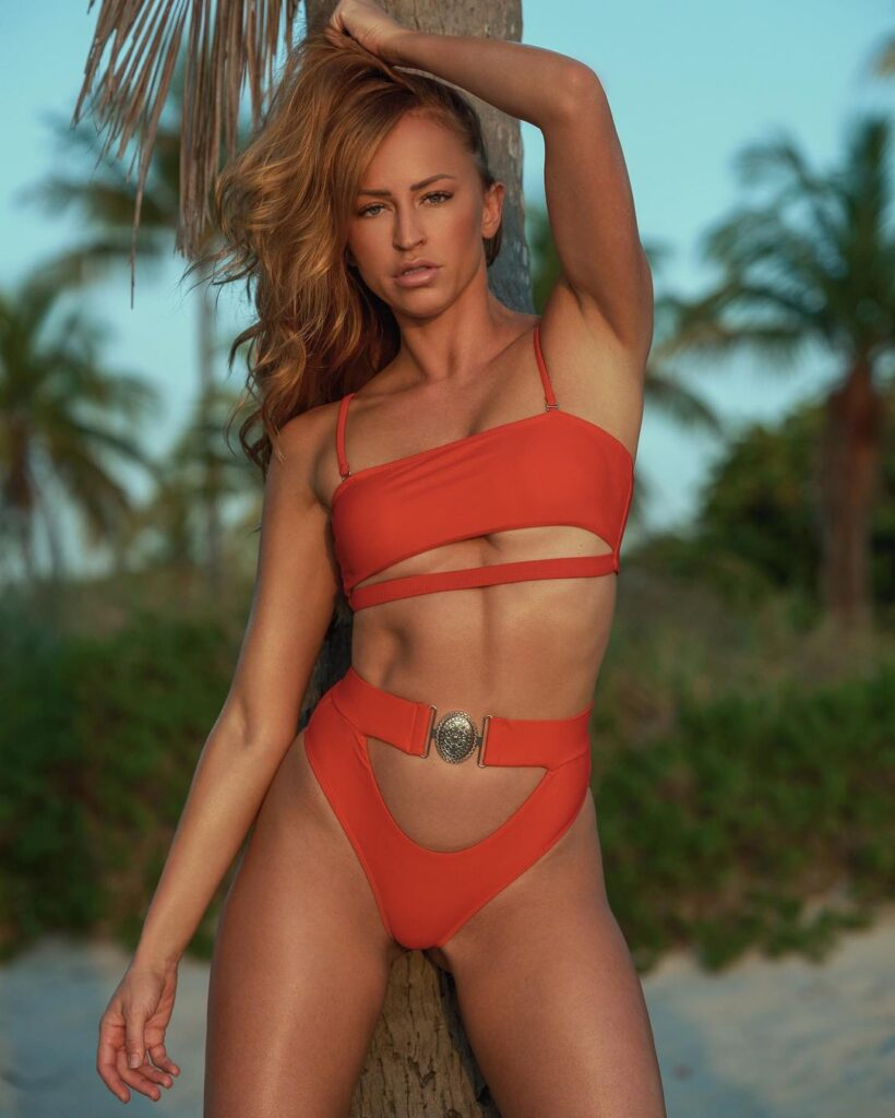 """Ex WWE Diva Summer Rae Asks If """"We Are Still On"""" In Red Lingerie Photo 1"""