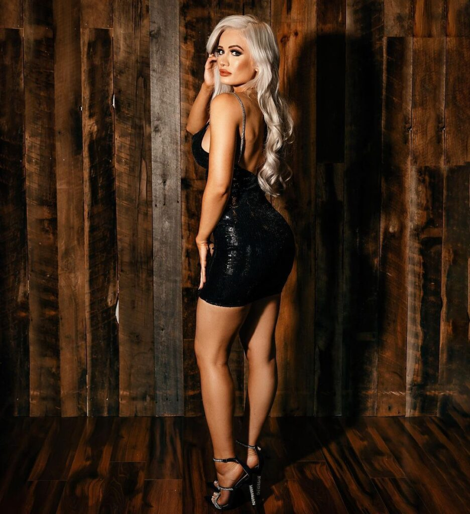 WWE Star Scarlett Shares Stunning Photos For 4th Of July Occasion 138