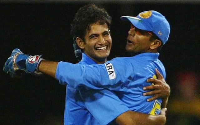 Irfan Pathan and Rahul Dravid. (Photo by Hamish Blair/Getty Images)