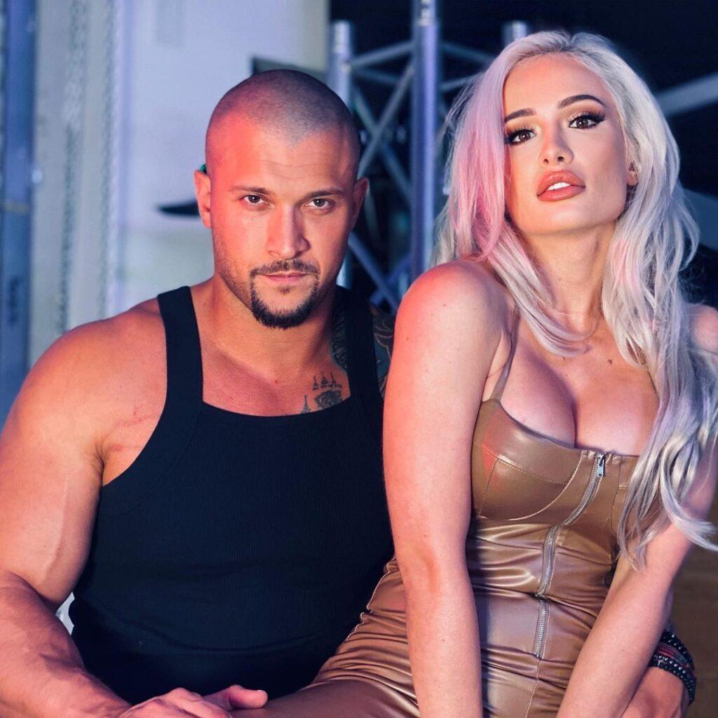 WWE Star Scarlett Professes Love About Boyfriend In Hot Insta Pictures 1