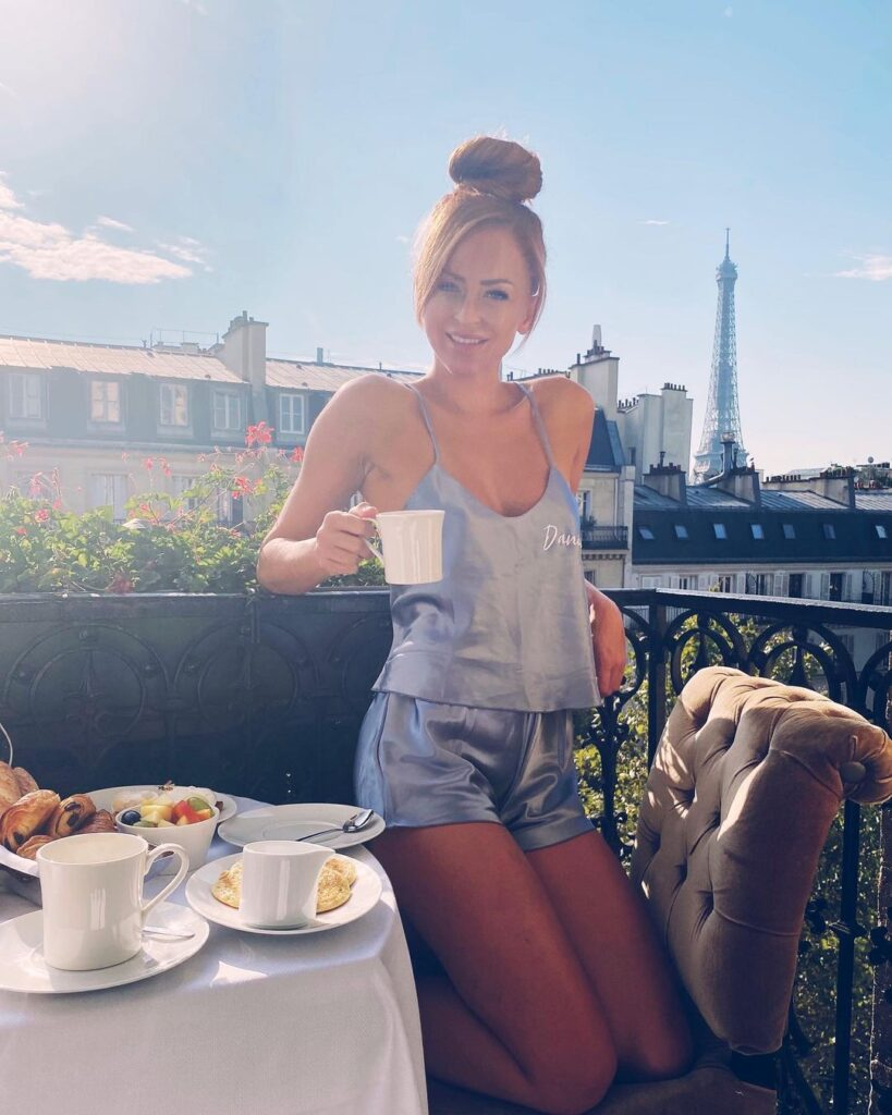 Ex WWE Star Summer Rae Shares Gorgeous Snaps From France Tour 23