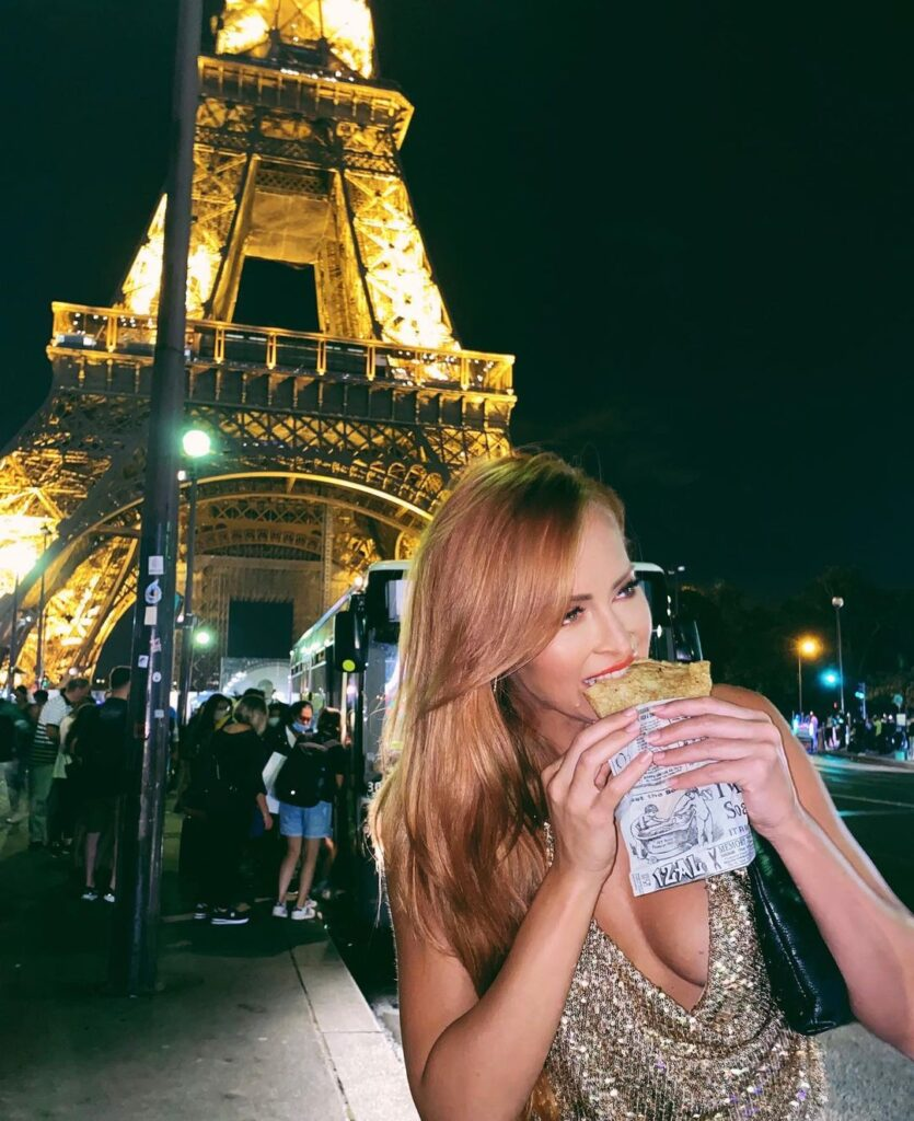 Ex WWE Star Summer Rae Shares Gorgeous Snaps From France Tour 22