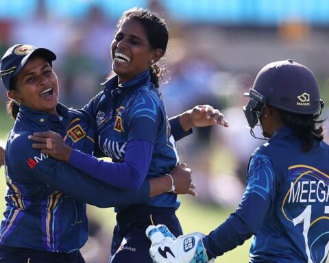 Sri Lanka Women's Team[photo: Twitter]