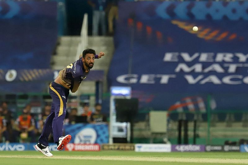 Varun Chakravarthy ran through the RCB middle order in Match 31 of IPL 2021. [P/C: iplt20.com]
