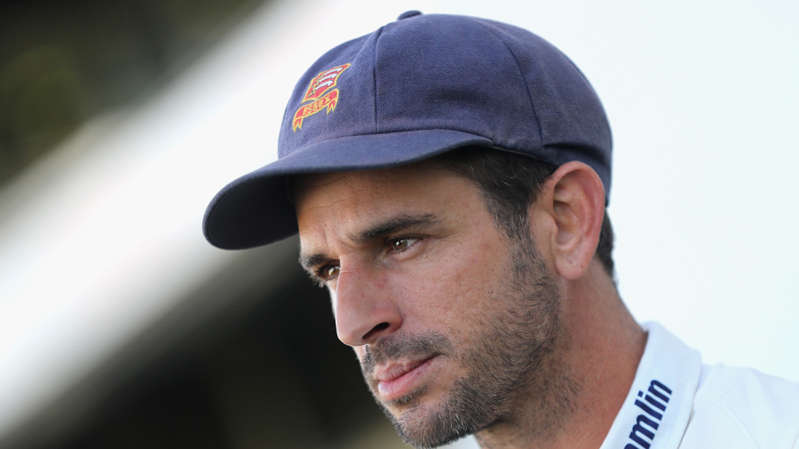 Ryan ten Doeschate talks to the media after Essex's win David Rogers / © Getty Images