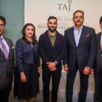 Ravi Shastri and Virat Kohli during Shastri's book launch event in London   Twitter