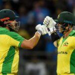 Australia's Aaron Finch (L) and teammate David Warner (R) are expected to open throughout the World Cup. Photo: AFP